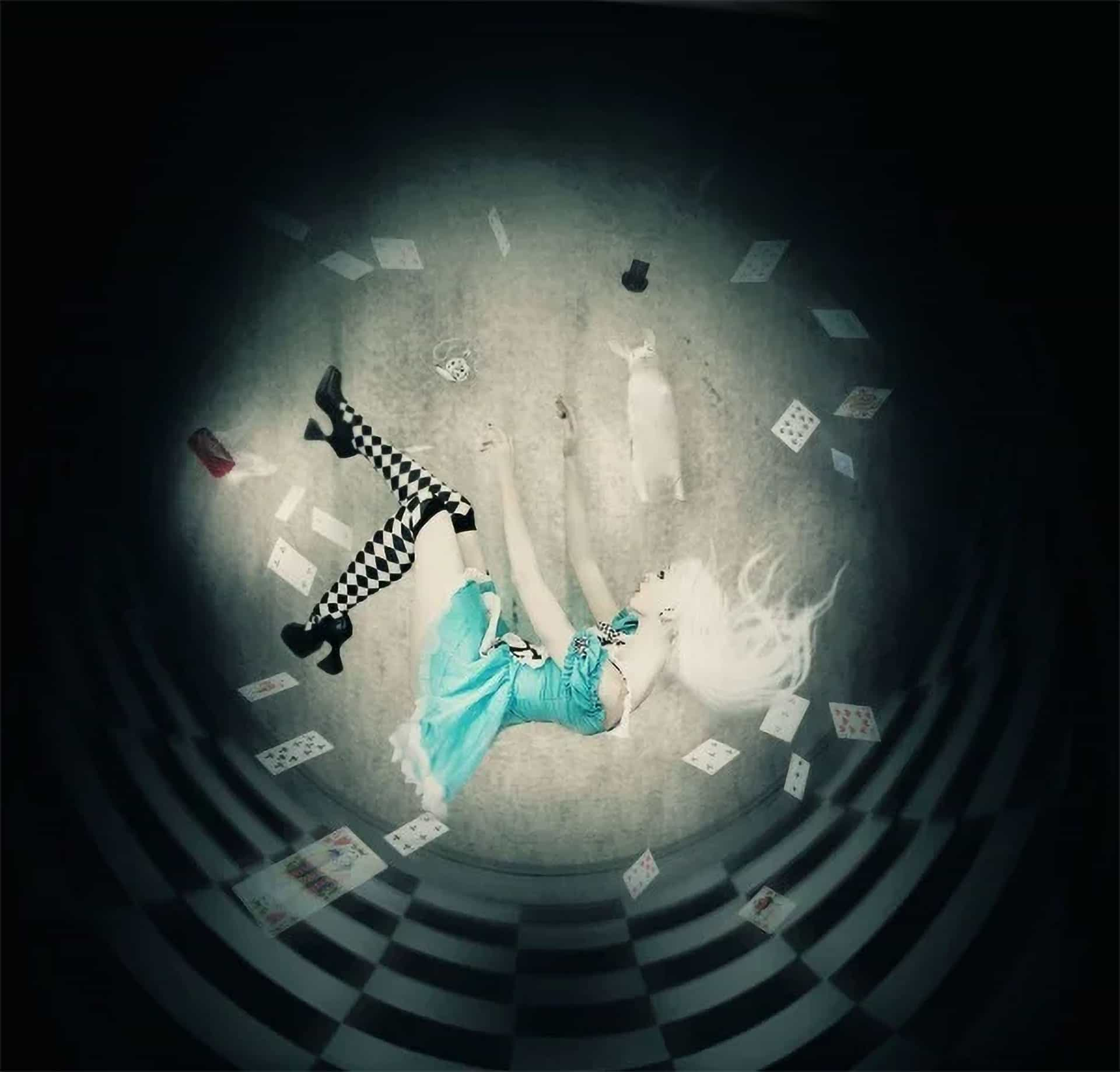 """How to Create an """"Alice in Wonderland"""" Inspired Artwork with Photoshop"""